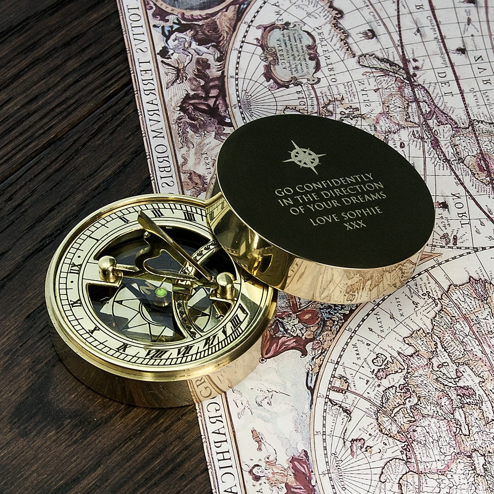 Iconic-Adventurer's-Sundial-Compass