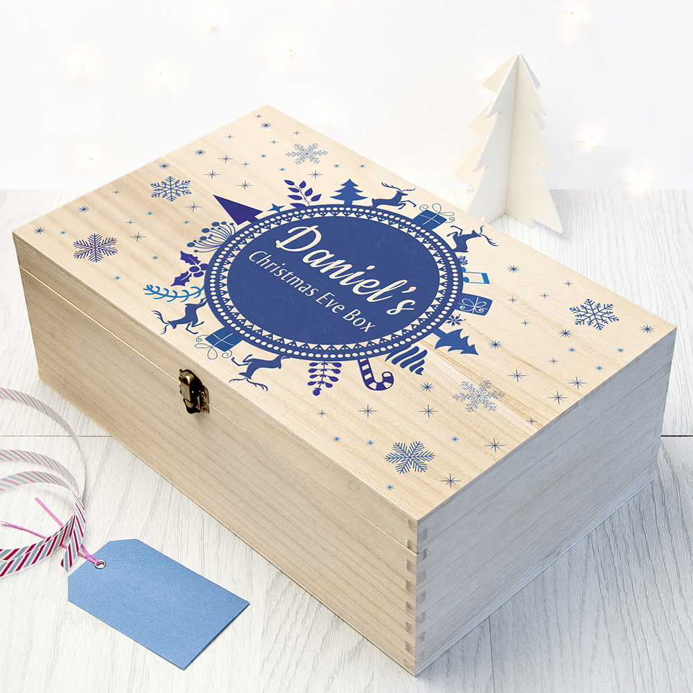 Large-Personalised-Christmas-Eve-Box-With-Snowflake-Wreath